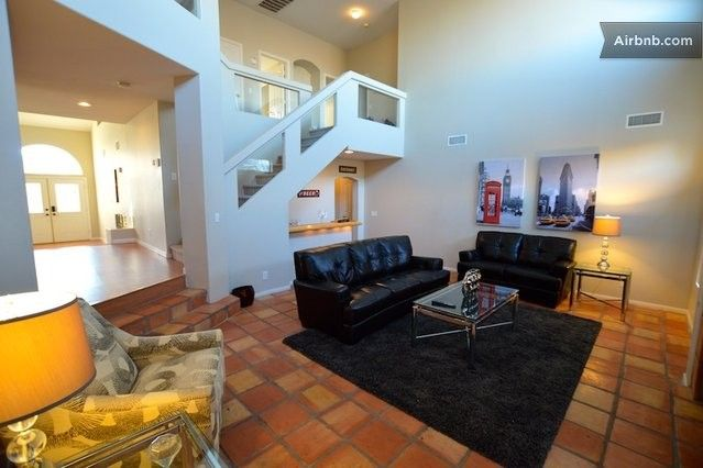 359 Night 5 Bedrooms Private Pool Spa Wifi In Las Vegas Renting A House Home Game Room