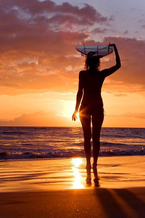 Sunset-Girl-Sea-Ocean-Beach-View-Summer-Shiwi