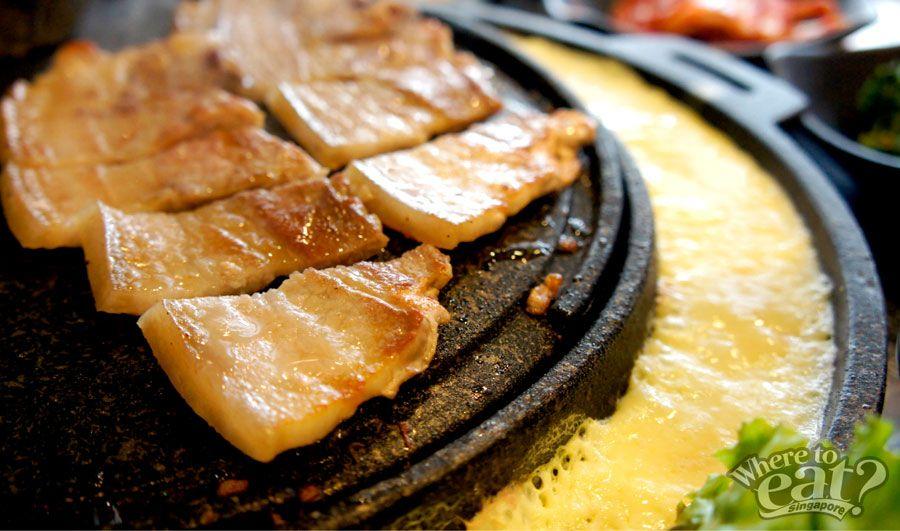 Running Man Do Not Walk And Eat Where To Eat In Singapore Eat Korean Bbq Restaurant Bbq Restaurant