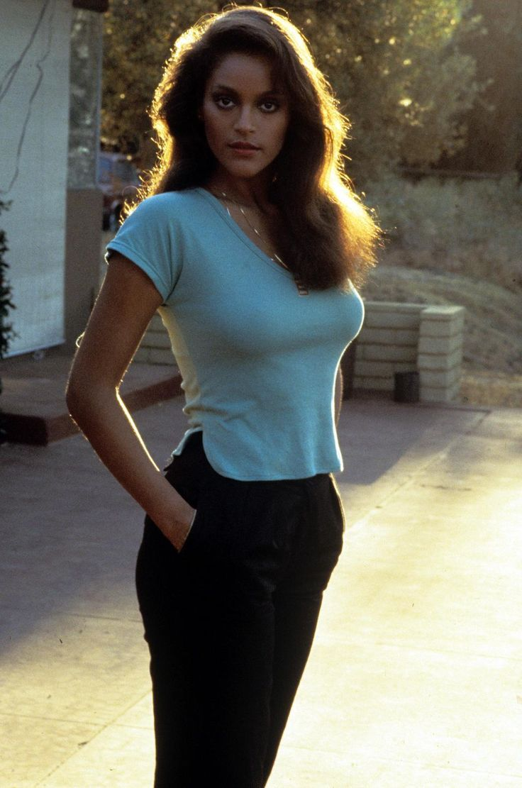 Jayne kennedy one of the first women to infiltrate the male old school sex symbols biocorpaavc