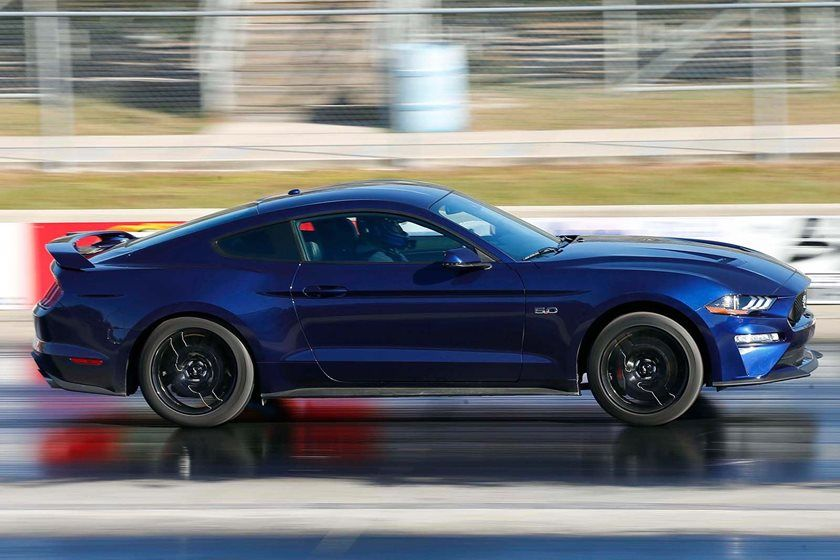 How Fast Can The  Ford Mustang Gt Do The Quarter Mile Carbuzz