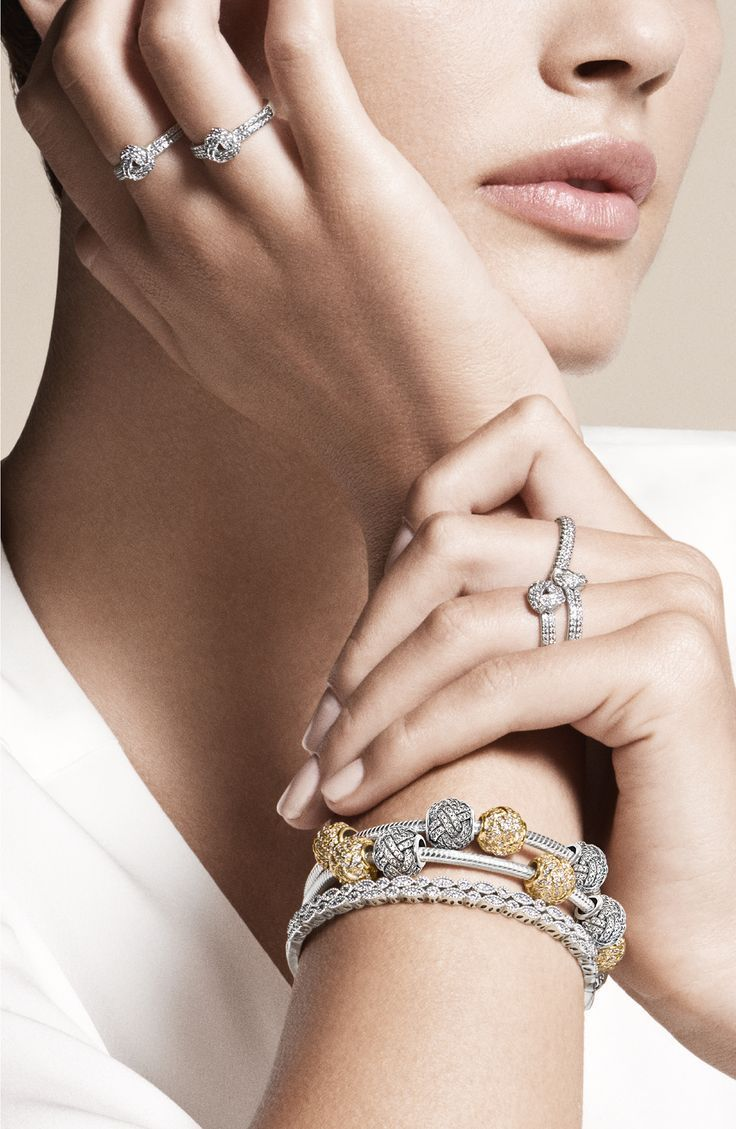 Photo of Nice looking bracelet and rings. #Jewellery #Photo – Women's jewelry and accessories