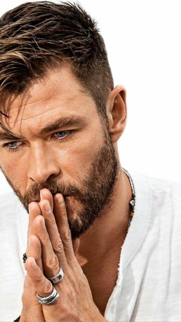 Pin By Karlyne On Chris Hemsworth In 2020 Chris Hemsworth Hair Trending Hairstyles For Men Mens Hairstyles