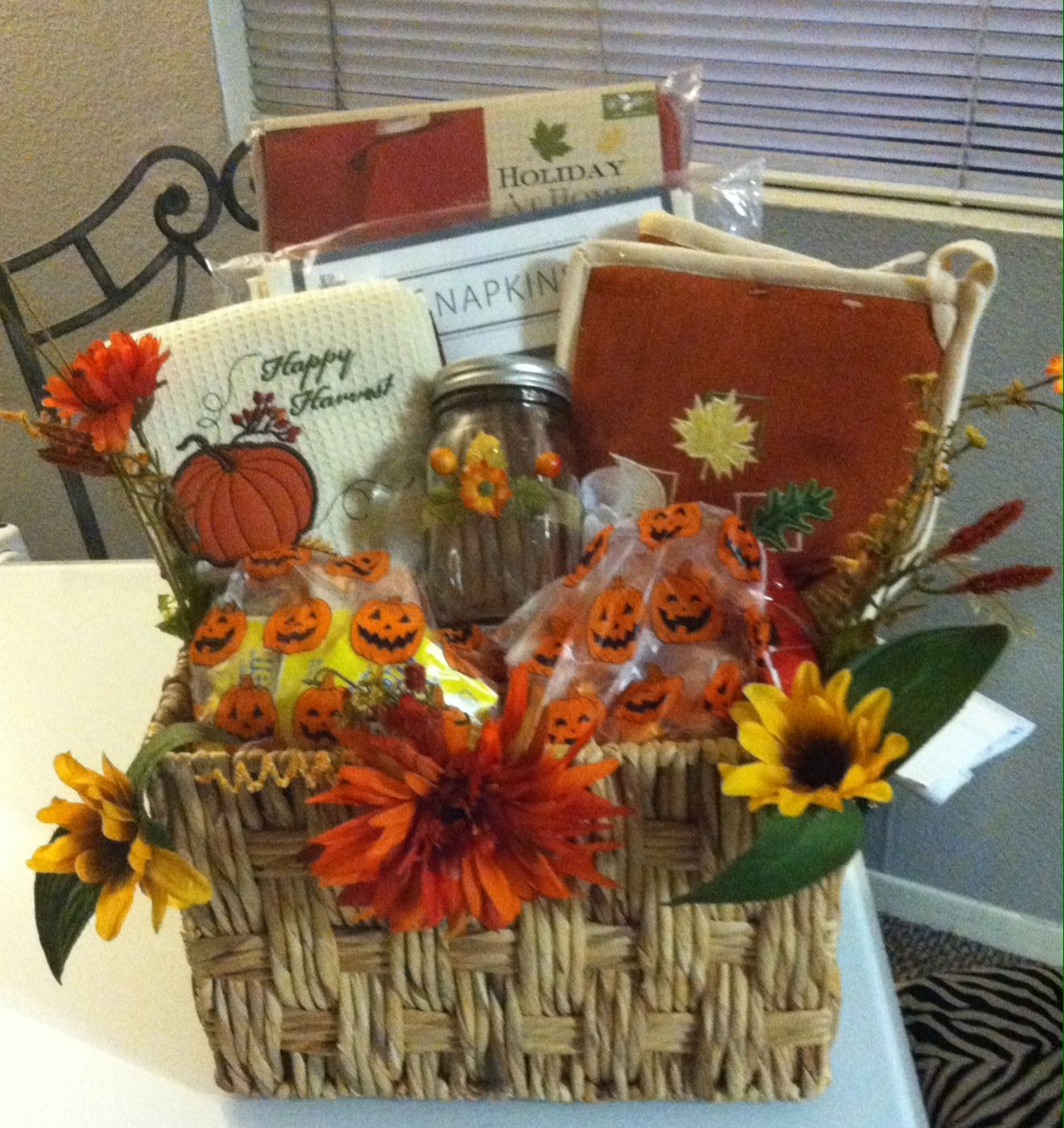 Fall gift basket auction gift basket ideas fall gift