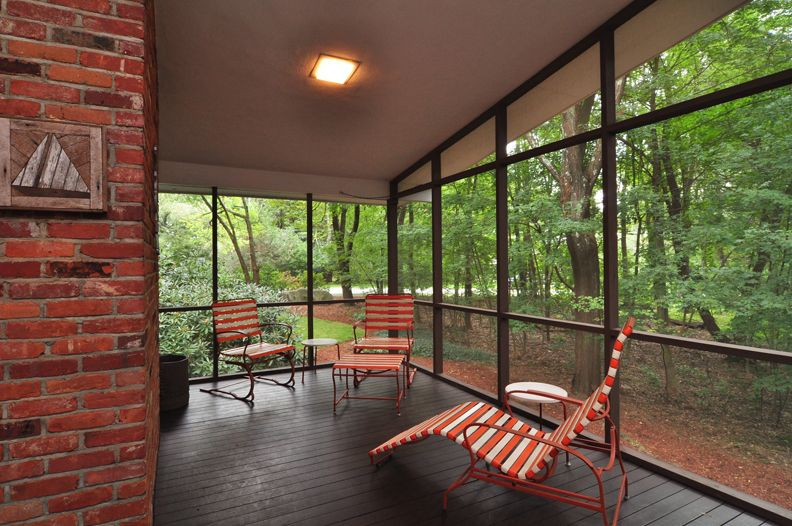 Sold smashing mid century in lexington bill janovitz for Modern screened porch