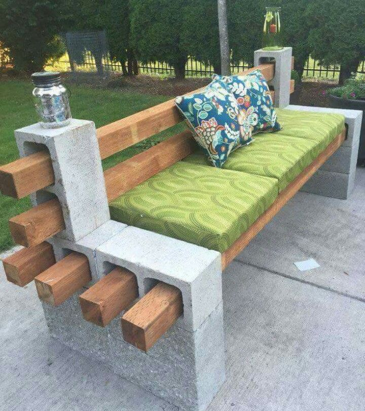 Awesome DIY Brick/wood Bench