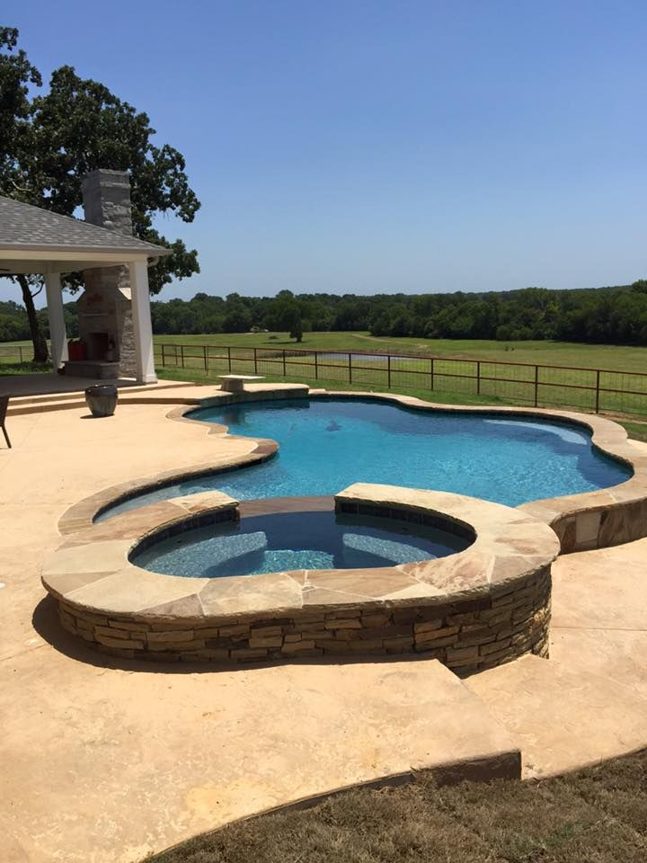 Dallas Rockwall Frisco Pool Design Freeform Natural And Spa Oklahoma Flagstone Coping Patterned Concrete Decking