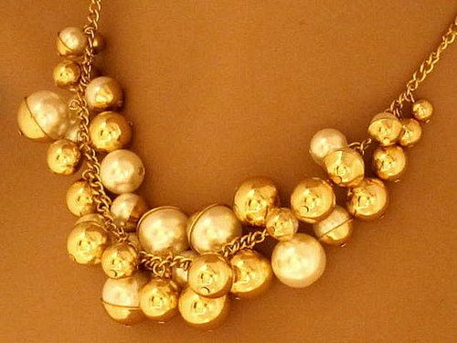 Gold costume jewellery 6 PHOTO Christmas Vintage Jewellery