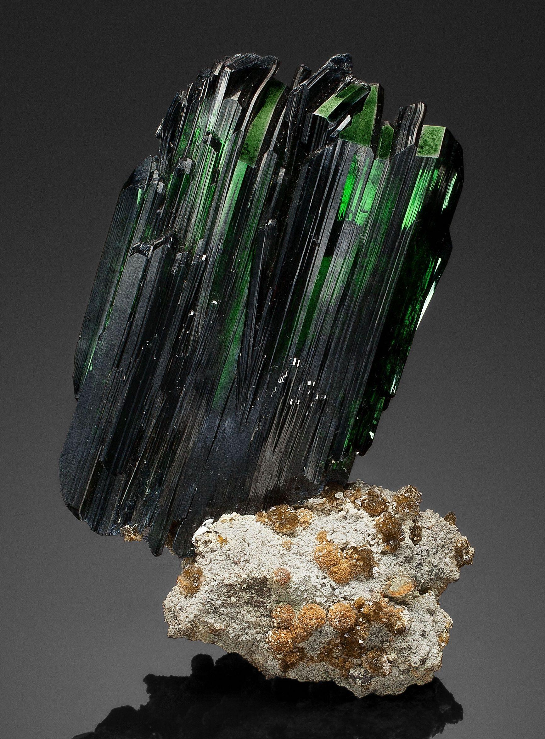 ашлямфу фото кристалла вивианит профессиональных