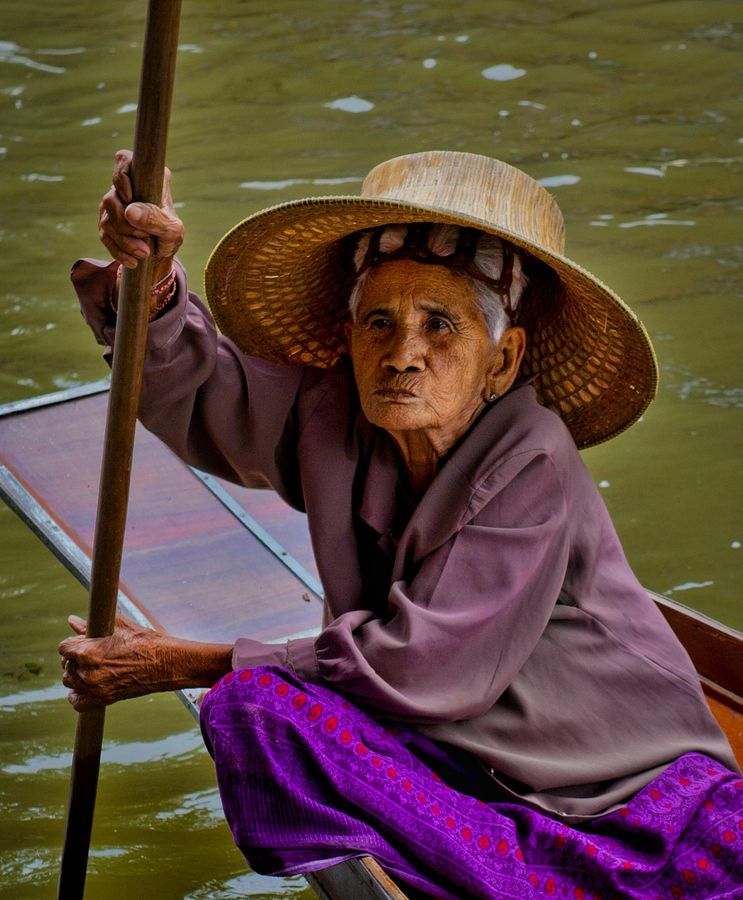 Woman in the Floating Market Bangkok, Thailand