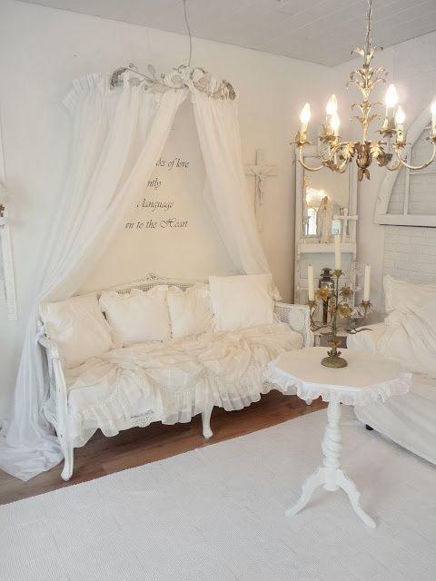shabby chic white love pinterest jugendzimmer wohnzimmer und wohnung gestalten. Black Bedroom Furniture Sets. Home Design Ideas