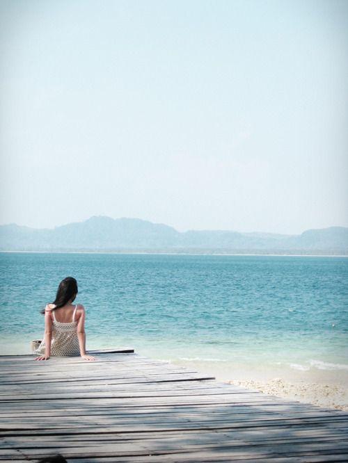 feels peaceful near the water