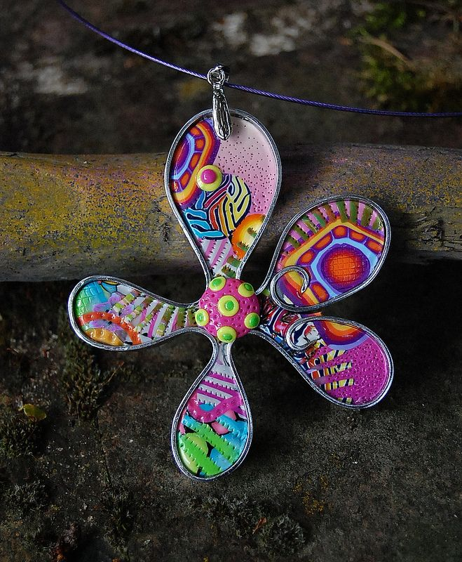 pendentif fleur de juin awesome art jewelry pinterest polymers polymer clay and clay. Black Bedroom Furniture Sets. Home Design Ideas