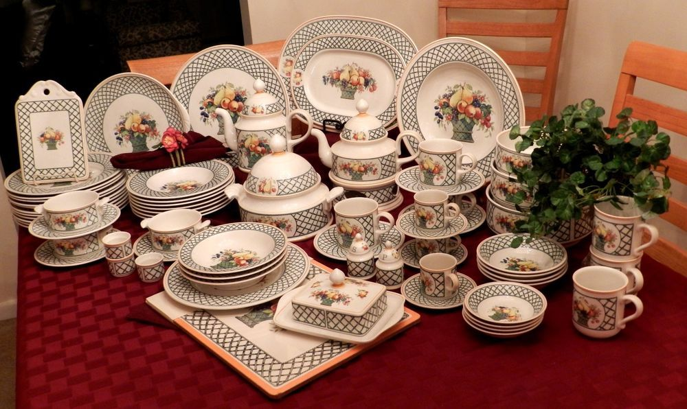 Villeroy Boch Basket Pattern 168 Piece Dinnerware China