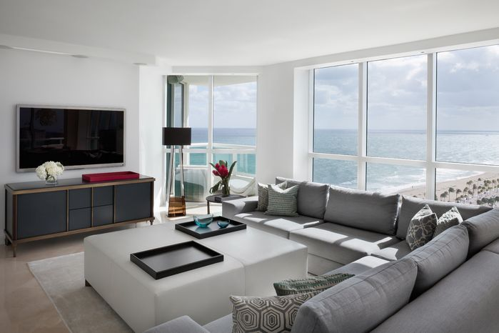 High rise condo on the beach for NY based executive. Clean