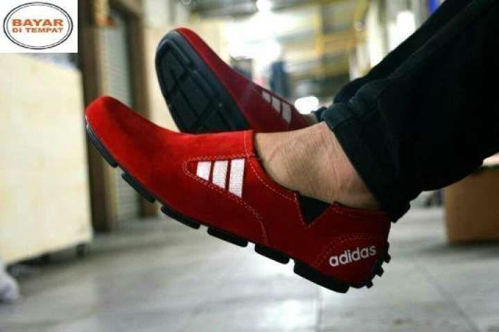 Sepatu Casual Pria Slip On Loafers Kerja Kuliah Sepatu Santai