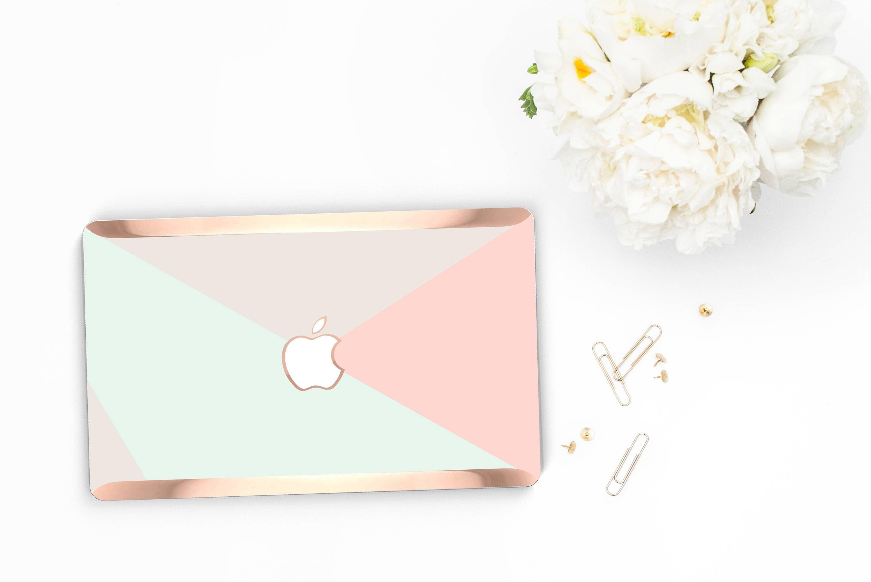 Platinum Edition . Macbook Pro 13 Case Pastel Shades