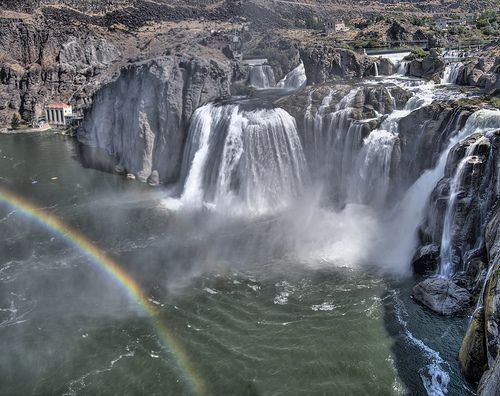 SHOSHONE FALLS – IDAHO Believe it or not, the Shoshone Falls found along the Snake