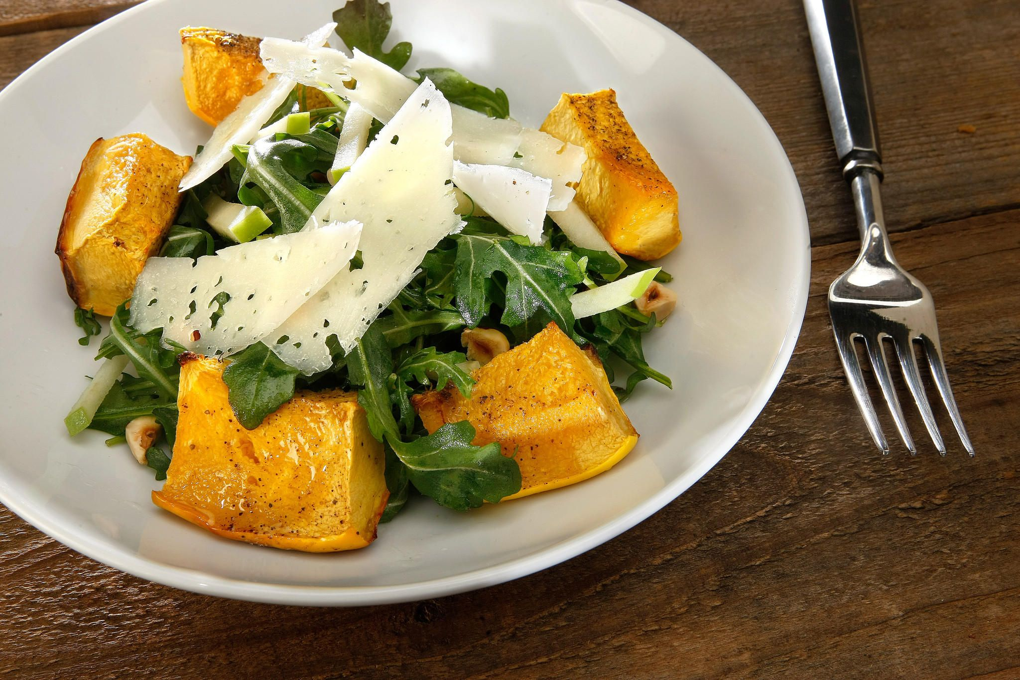 Roasted acorn squash and apple salad Recipe Easy