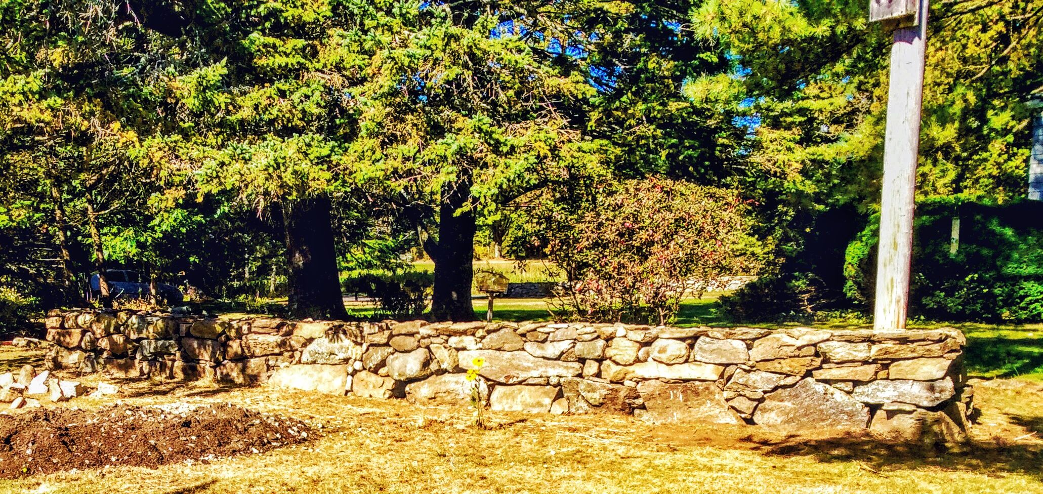 This is a second garden wall I built for a neighbor in Maine, Sept ...