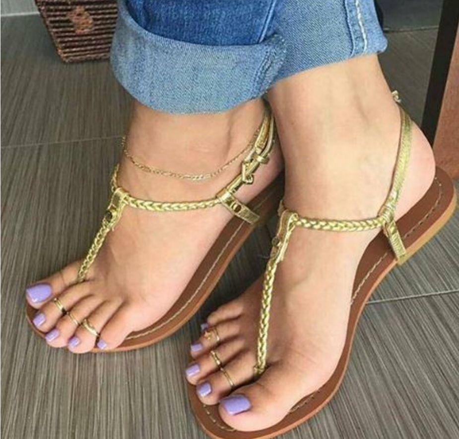 flat shoes footjob