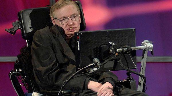 En el momento más peligroso de la historia: Hawking