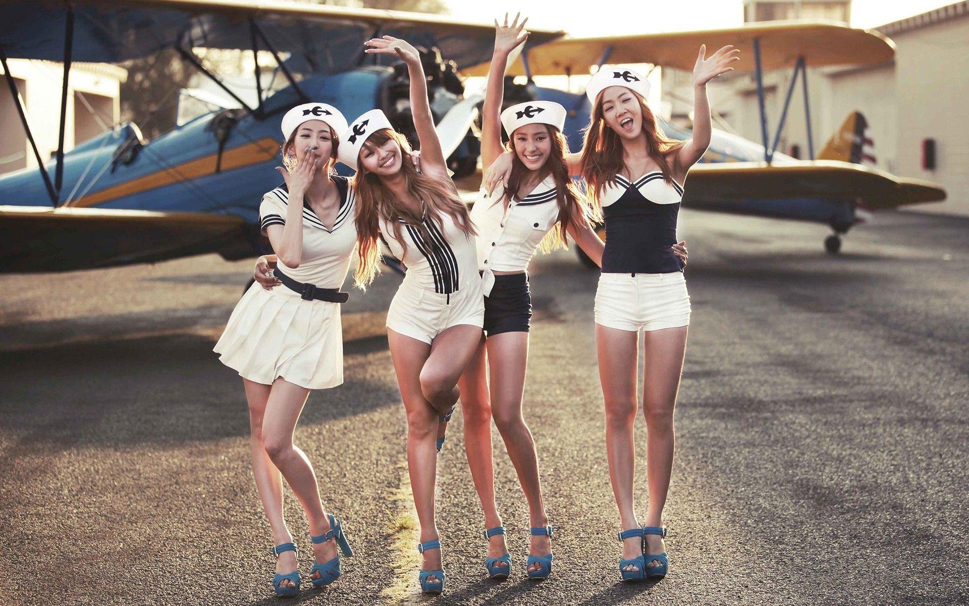 Women Aircraft Asians Korean K Pop Aviation Sistar Dressed Soyou Hyorin Bora Dasom Wallpaper 1920x1200 213269 Sistar Sistar Kpop Korean Girl Band