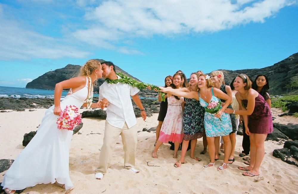 All You Need To Know About Wedding Tradition In Hawaii