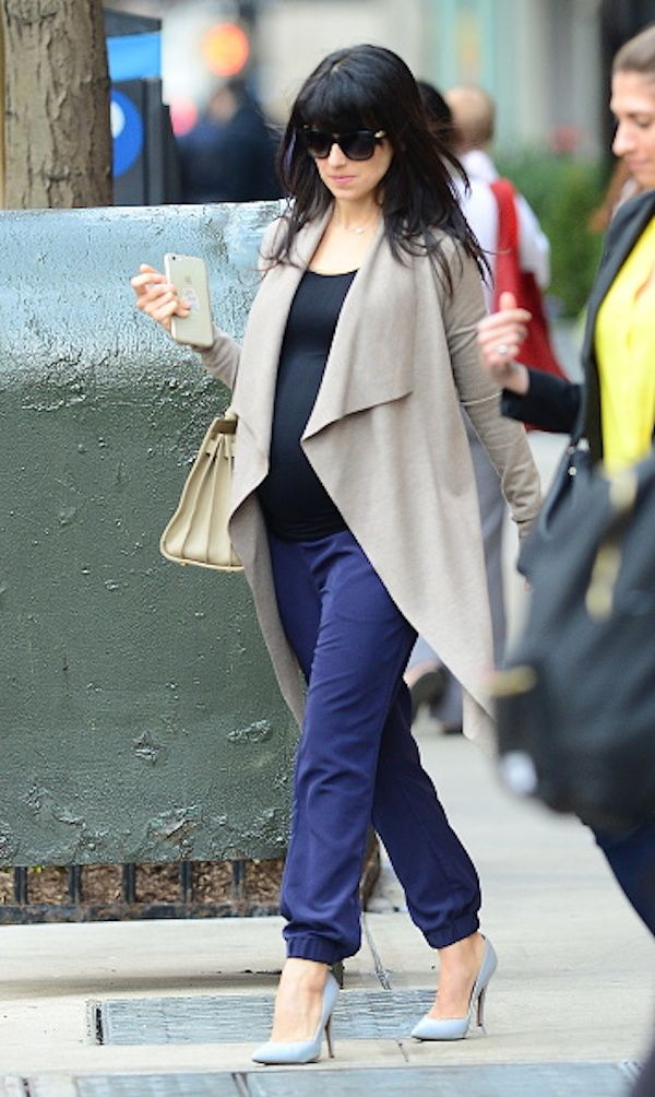 8 Celebrity Maternity Outfits We're Loving (and Where to Get the Look!)