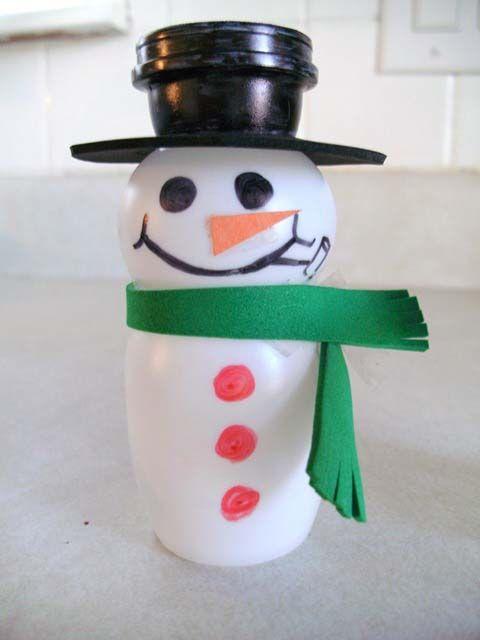 adornos de navidad hechos con material reciclado