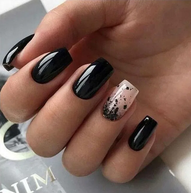 35 Fabulous Black Nail Designs For Ladies Black Nails Are Versatile Striking And Most Of All F Matte Nails Design Square Nail Designs Black Nail Designs