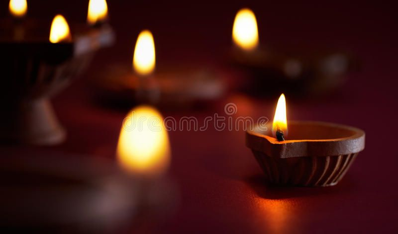 Diwali Oil Lamp Traditional Clay Diya Lamps Lit During Diwali Celebration Aff Traditional Clay Lamp Diwali O Oil Lamps Diya Lamp Tea Light Candle