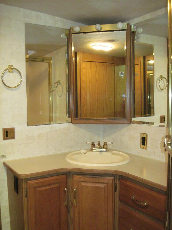 Corner Bathroom Mirror: Corner Bathroom Vanity Cabinets