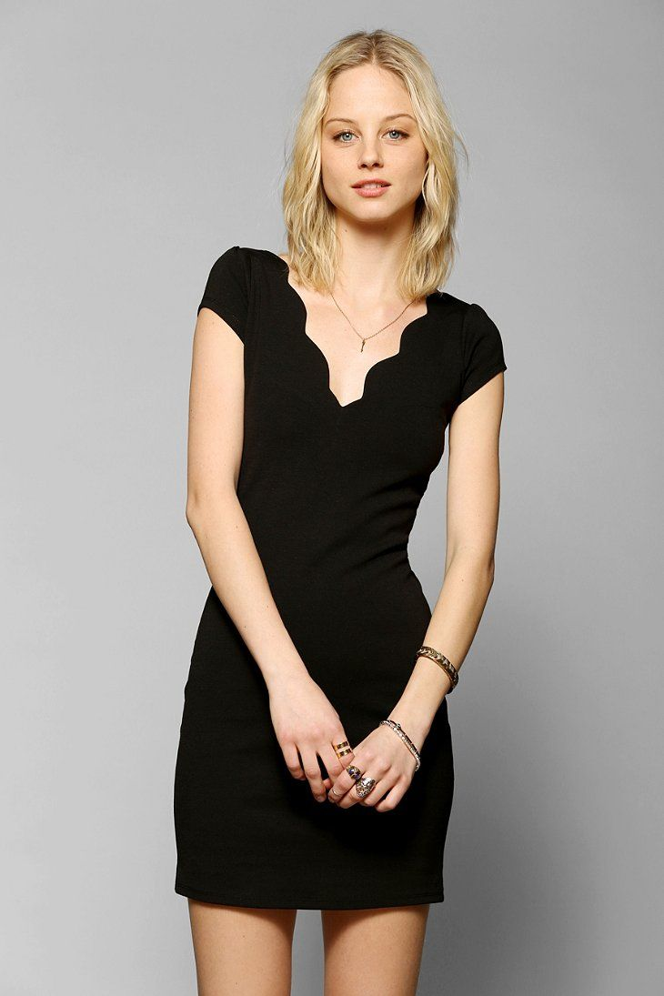 Cooperative Scalloped Bodycon Dress | decent | Pinterest