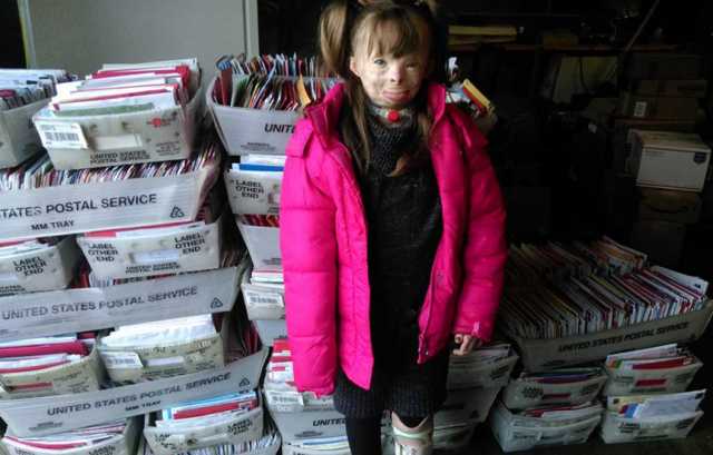 Severely Burned Girl Who Lost Her Family in Suspected Arson Flooded With Thousands of Christmas Cards  - Redbook.com