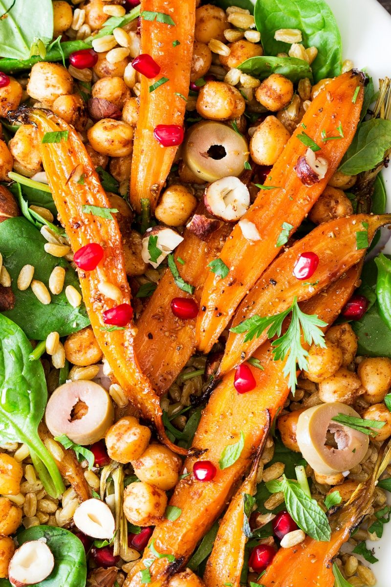SPICED CARROT AND CHICKPEA SALAD coolinaria.es #food #foodporn #foodies