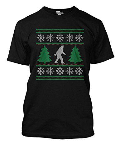 Bigfoot Walking Between Christmas Trees - Big Foot Men's T-shirt (Small, BLACK)