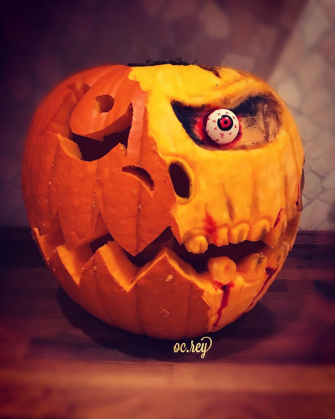 20 easy and amusing pumpkin carving ideas for halloween fall dec pinterest citrouille - Citrouille effrayante ...