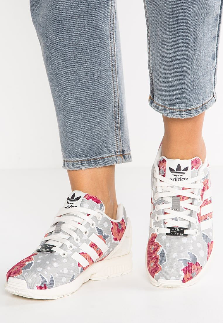 29d597a0d0a94 adidas Originals ZX FLUX - Sneaker low - chalk solid grey core white ...