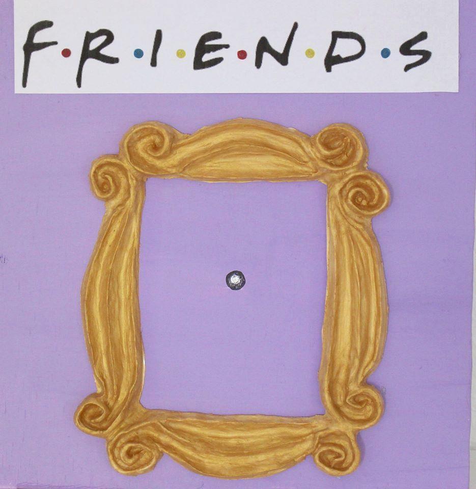Frame FRIENDS. TV Show Friends. Frame Monica\'s apartment. Peephole ...