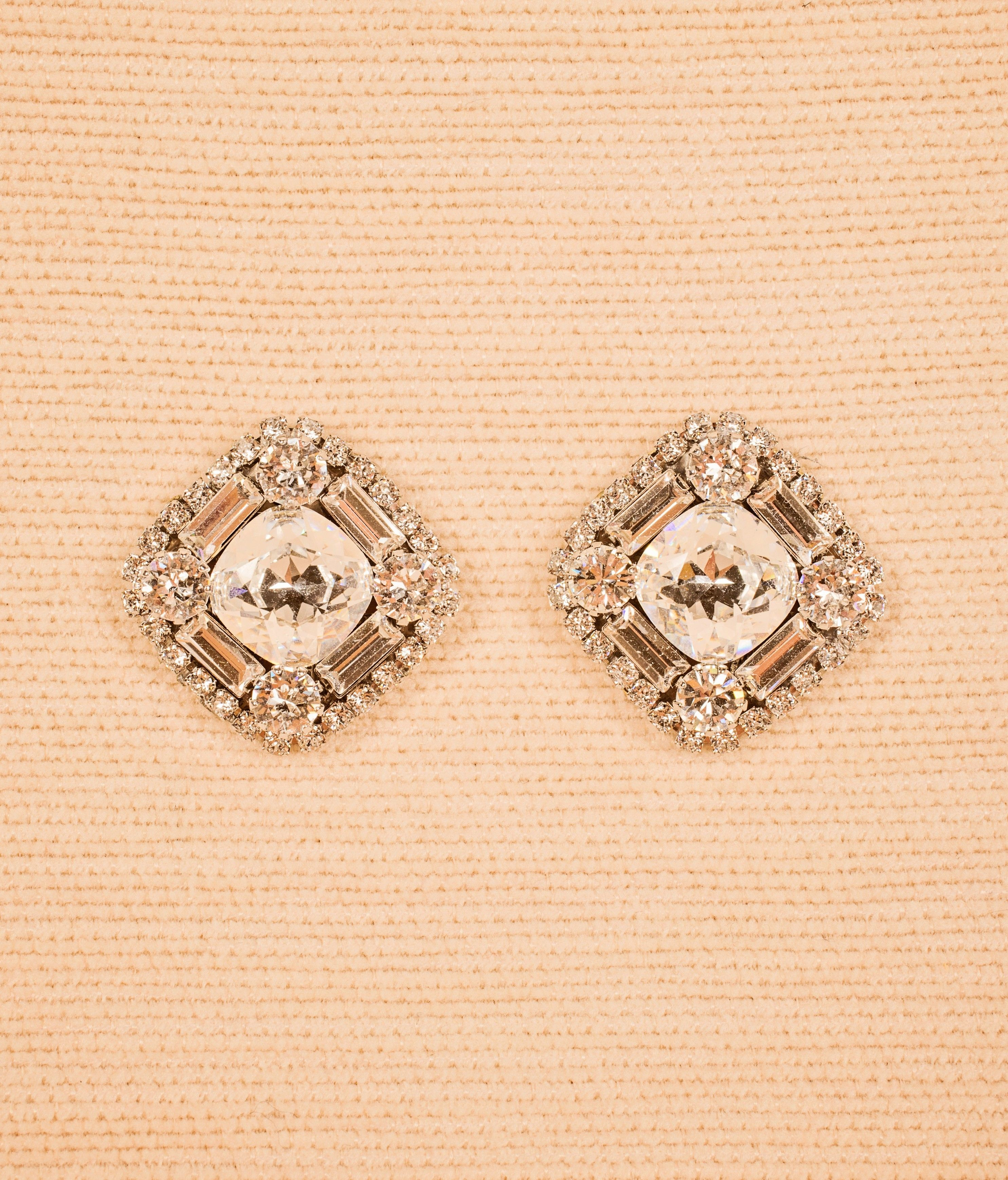You'll love these incredible, chunky art deco cushion cut posts. By Haute Bride, EC926. Measures1″ L, 1″ W Made to Order in 6-8 weeks Made with ❤in the USA