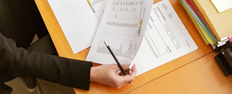 Should I Be A Guarantor For A Loan From Moneylenders Money Lender Loan Lender