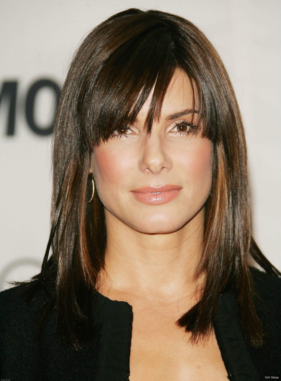 """token"""" """"2426"""" Sandra Bullock Length Straight Hair in Black Dress"""