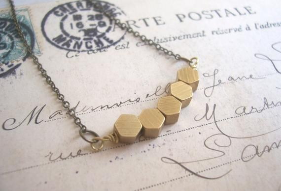 Photo of Goldene Waben Row Halskette – massivem Messing Sechseck Perlen – geometrische …