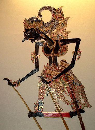 gatotkaca puppet dengan gambar seni tradisional kulit gambar pinterest