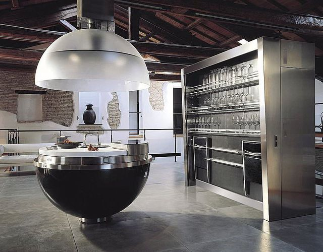 i would like to cook in this particular kitchen