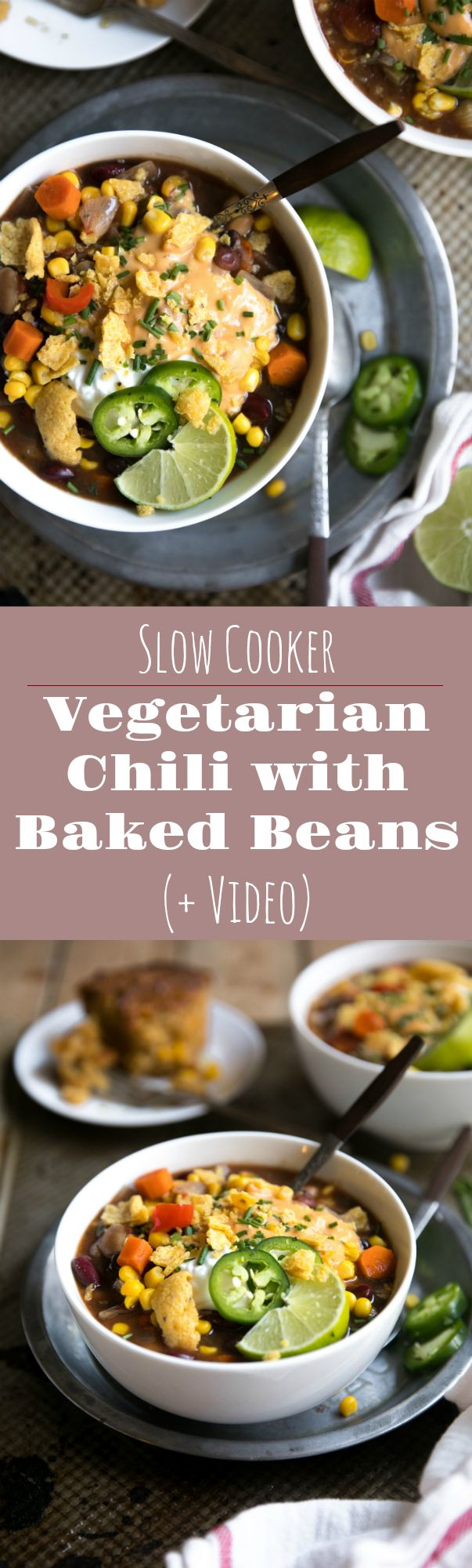 Slow Cooker Vegetarisches Chili mit gebackenen Bohnen (+ Video) – Der Gabellöffel  – SLOW COOKER   CASSEROLE RECIPES