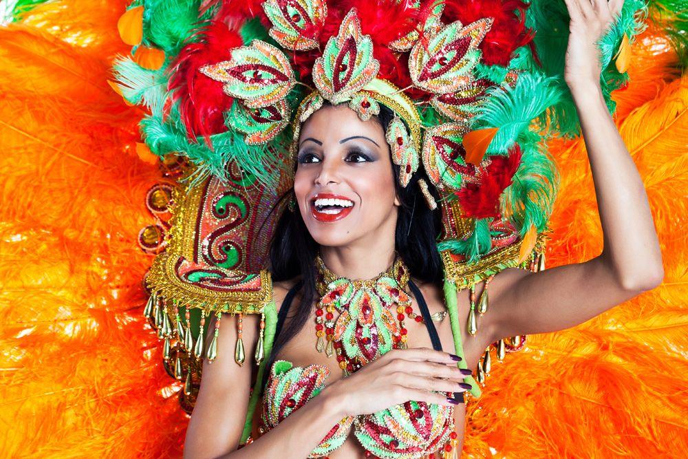 В Аргентине после Нового года проходит карнавал Гуалегуайчу.