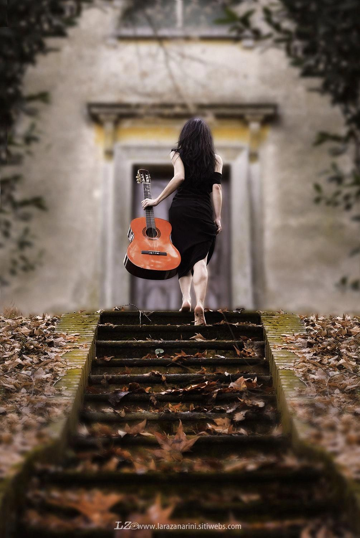 Фотоальбом с гитарой работа для девушки в аэропорту домодедово