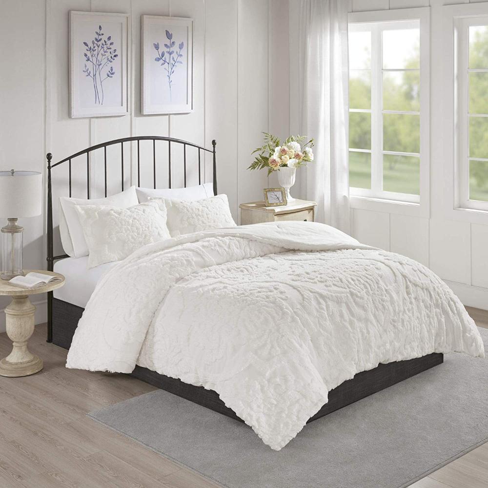 Amazon Com Madison Park Laetitia Comforter Reversible Solid